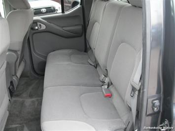 2010 Nissan Frontier SE Crew Cab 4x4 - Photo 17 - Brighton, CO 80603