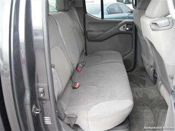 2010 Nissan Frontier SE Crew Cab 4x4 - Photo 26 - Brighton, CO 80603