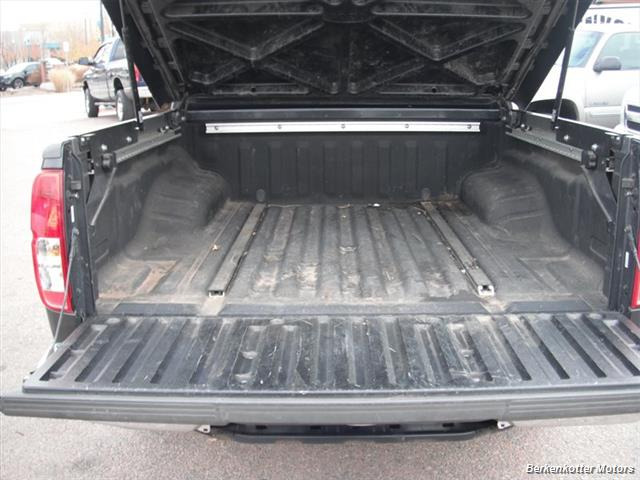 2010 Nissan Frontier SE Crew Cab 4x4 - Photo 20 - Brighton, CO 80603