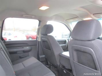 2013 Chevrolet Silverado 2500 LT Crew Cab 4x4 - Photo 26 - Brighton, CO 80603