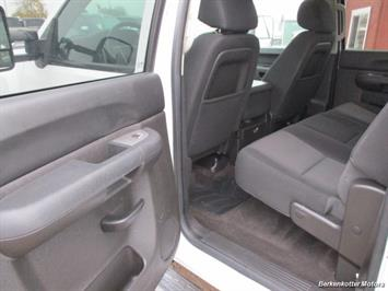 2013 Chevrolet Silverado 2500 LT Crew Cab 4x4 - Photo 30 - Brighton, CO 80603