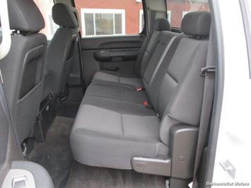 2013 Chevrolet Silverado 2500 LT Crew Cab 4x4 - Photo 31 - Brighton, CO 80603