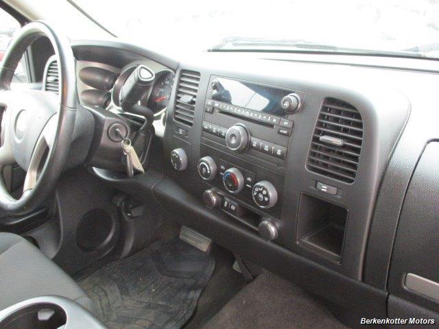 2013 Chevrolet Silverado 2500 LT Crew Cab 4x4 - Photo 19 - Brighton, CO 80603