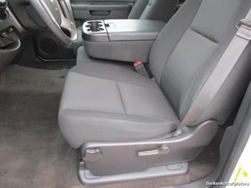 2013 Chevrolet Silverado 2500 LT Crew Cab 4x4 - Photo 36 - Brighton, CO 80603