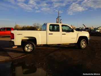 2013 Chevrolet Silverado 2500 Crew Cab 4x4 - Photo 5 - Brighton, CO 80603