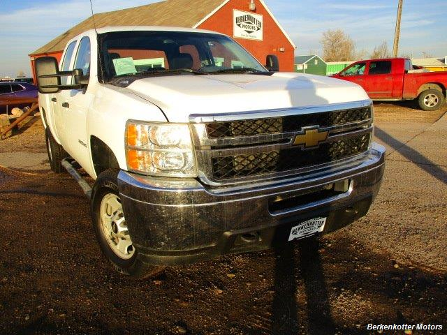 2013 Chevrolet Silverado 2500 Crew Cab 4x4 - Photo 3 - Brighton, CO 80603