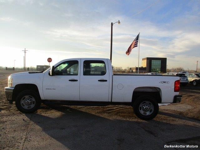 2013 Chevrolet Silverado 2500 Crew Cab 4x4 - Photo 10 - Brighton, CO 80603