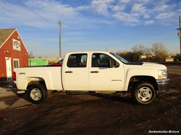 2013 Chevrolet Silverado 2500 Crew Cab 4x4 - Photo 4 - Brighton, CO 80603