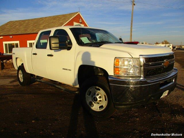 2013 Chevrolet Silverado 2500 Crew Cab 4x4 - Photo 2 - Brighton, CO 80603