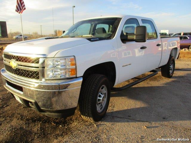 2013 Chevrolet Silverado 2500 Crew Cab 4x4 - Photo 12 - Brighton, CO 80603