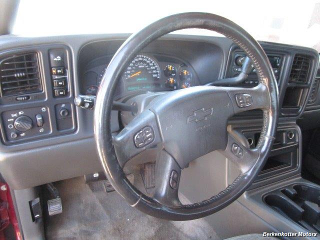 2004 Chevrolet Silverado 2500 LS Crew Cab 4x4 - Photo 40 - Castle Rock, CO 80104