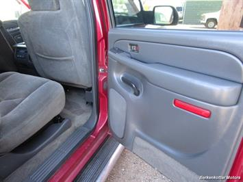2004 Chevrolet Silverado 2500 LS Crew Cab 4x4 - Photo 25 - Castle Rock, CO 80104