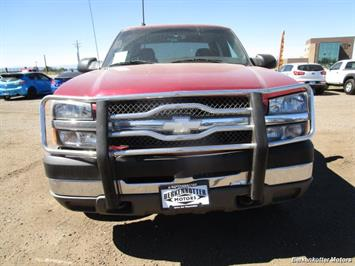2004 Chevrolet Silverado 2500 LS Crew Cab 4x4 - Photo 13 - Castle Rock, CO 80104