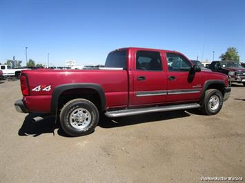 2004 Chevrolet Silverado 2500 LS Crew Cab 4x4 - Photo 4 - Castle Rock, CO 80104