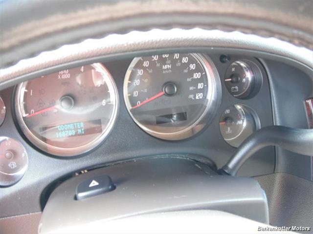 2007 GMC Yukon Denali - Photo 17 - Brighton, CO 80603