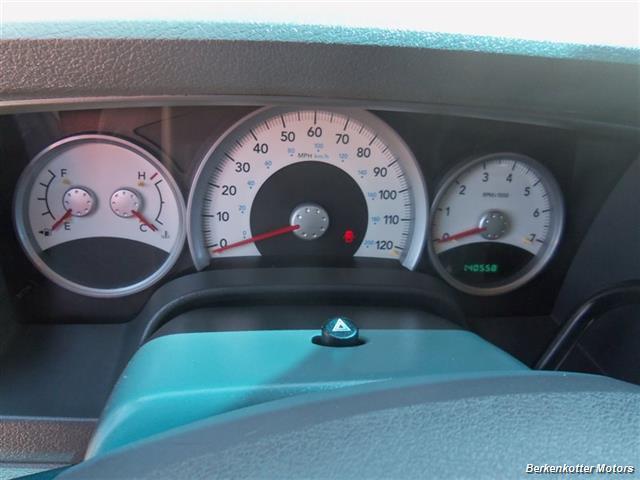 2006 Dodge Durango SLT SLT 4dr SUV - Photo 16 - Brighton, CO 80603