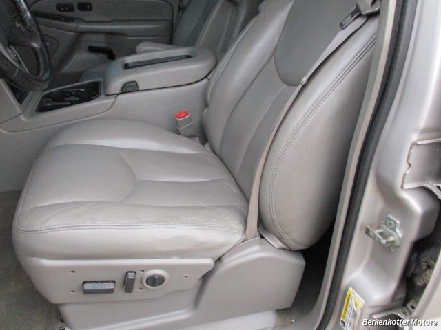 2007 Chevrolet Silverado 2500 LT Crew Cab 4x4 - Photo 13 - Brighton, CO 80603