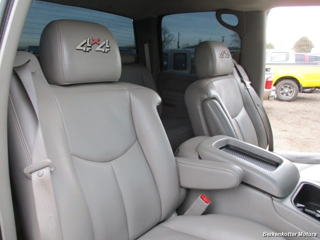 2007 Chevrolet Silverado 2500 LT Crew Cab 4x4 - Photo 24 - Parker, CO 80134