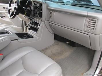 2007 Chevrolet Silverado 2500 LT Crew Cab 4x4 - Photo 24 - Brighton, CO 80603