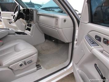 2007 Chevrolet Silverado 2500 LT Crew Cab 4x4 - Photo 20 - Brighton, CO 80603