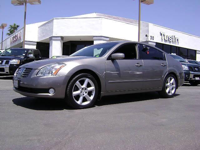 2004 Nissan Maxima 3.5 SE   Photo 1   Canoga Park, CA 91303