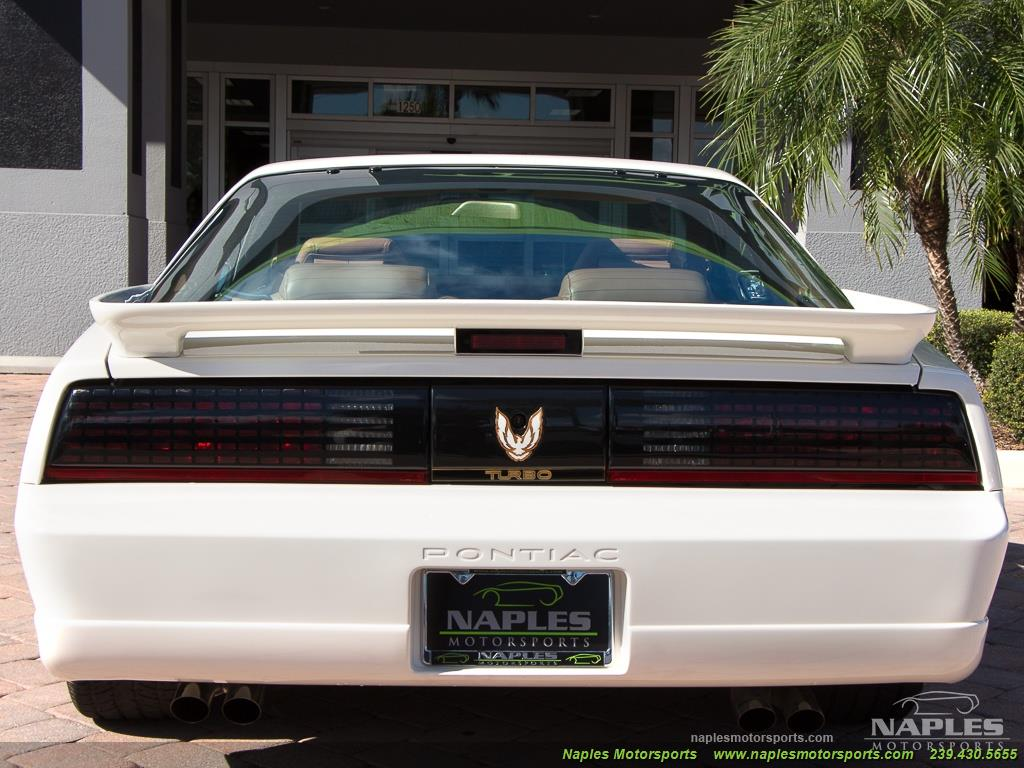 1989 Pontiac Firebird Turbo Trans Am - Photo 14 - Naples, FL 34104