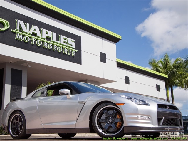 2014 nissan gt r black edition for Motor vehicle naples fl