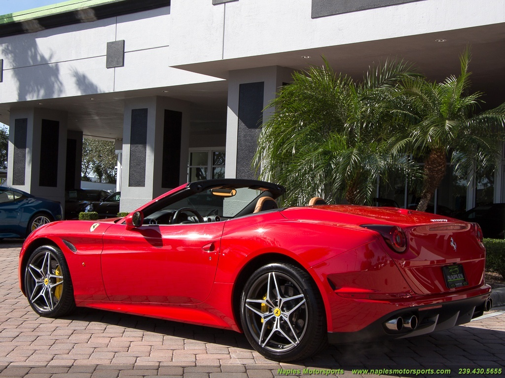 2016 Ferrari California T - Photo 10 - Naples, FL 34104