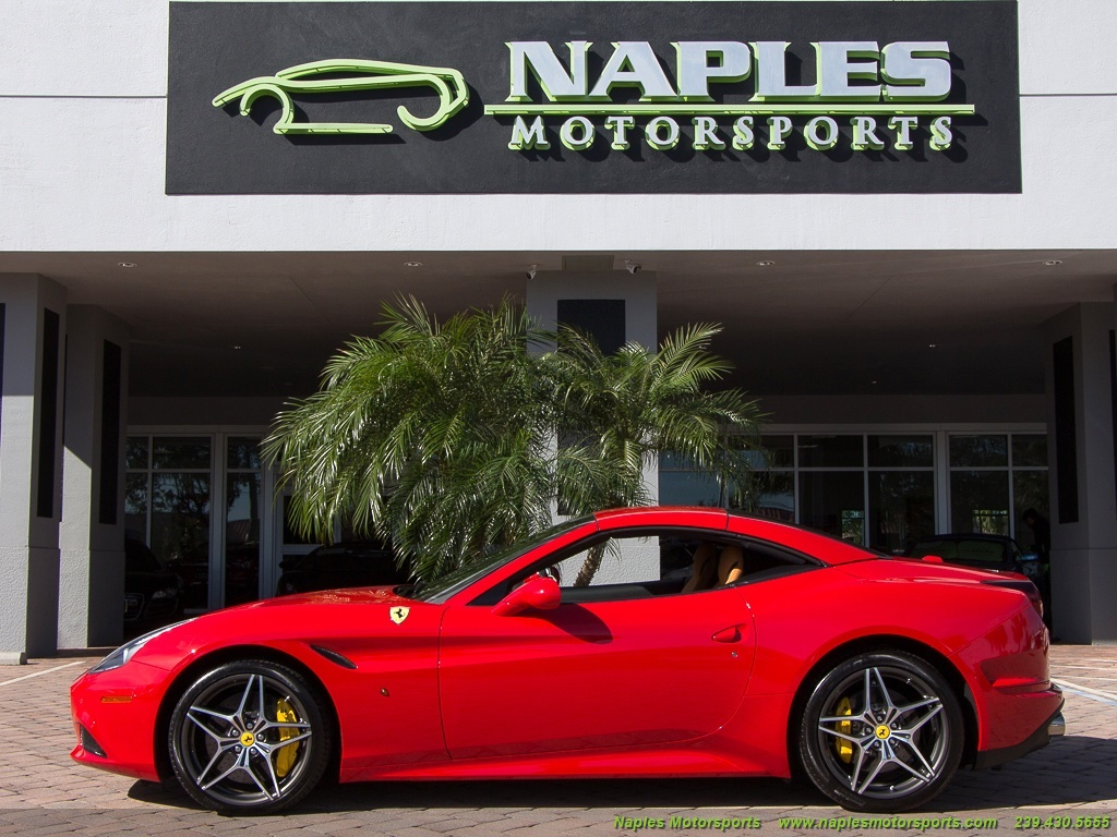 2016 Ferrari California T - Photo 11 - Naples, FL 34104