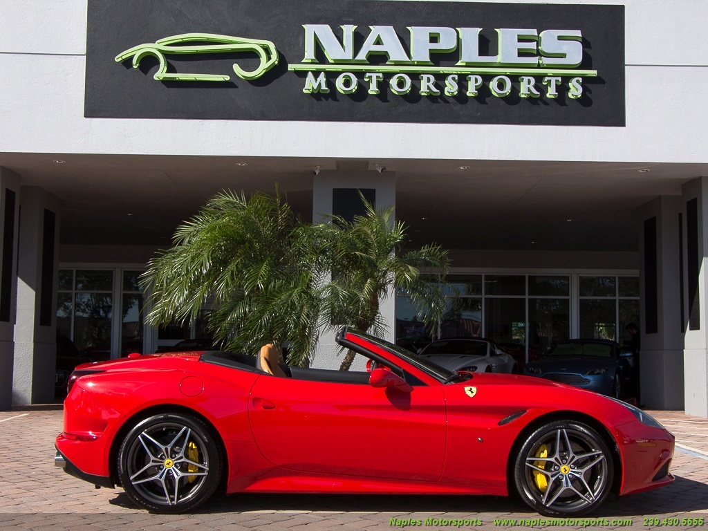 2016 Ferrari California T - Photo 21 - Naples, FL 34104