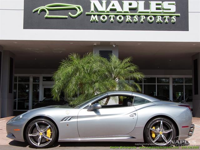 2011 Ferrari California - Photo 4 - Naples, FL 34104