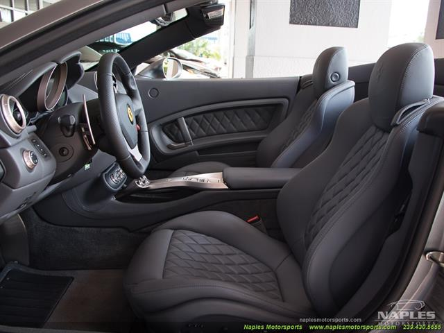 2011 Ferrari California - Photo 2 - Naples, FL 34104