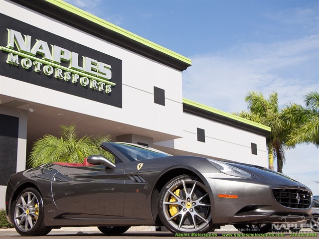 2013 ferrari california for Motor vehicle naples fl