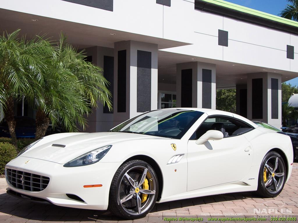 2014 Ferrari California - Photo 27 - Naples, FL 34104
