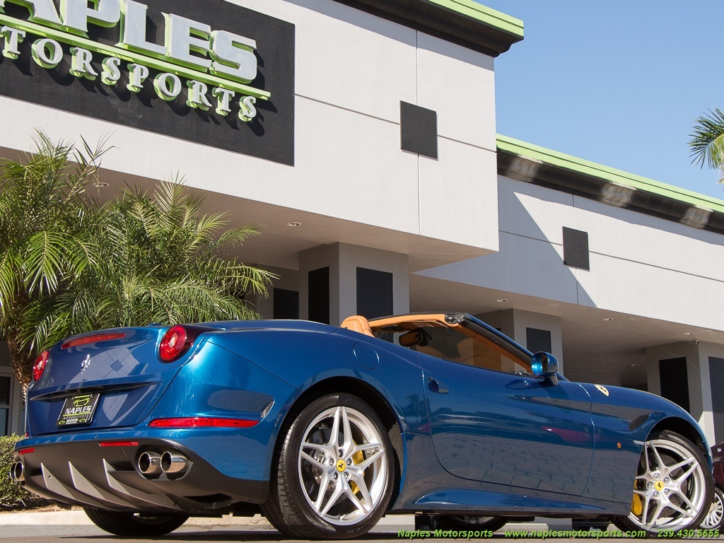 2015 Ferrari California T - Photo 35 - Naples, FL 34104