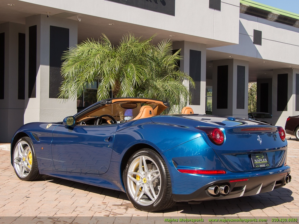 2015 Ferrari California T - Photo 48 - Naples, FL 34104