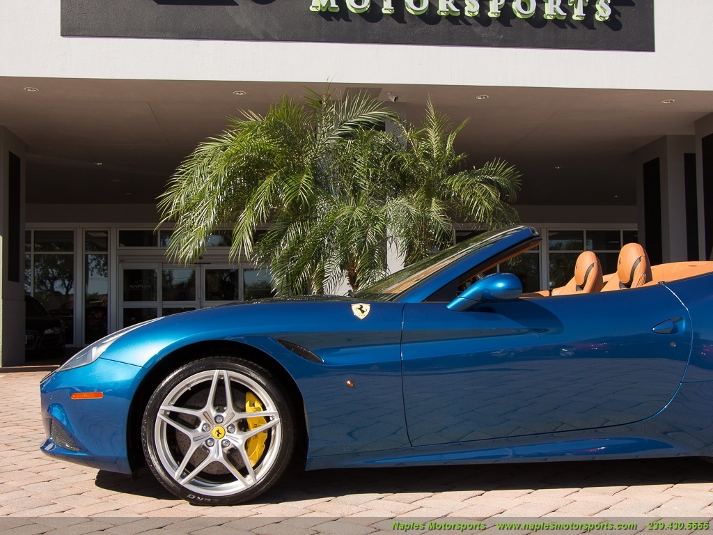 2015 Ferrari California T - Photo 21 - Naples, FL 34104