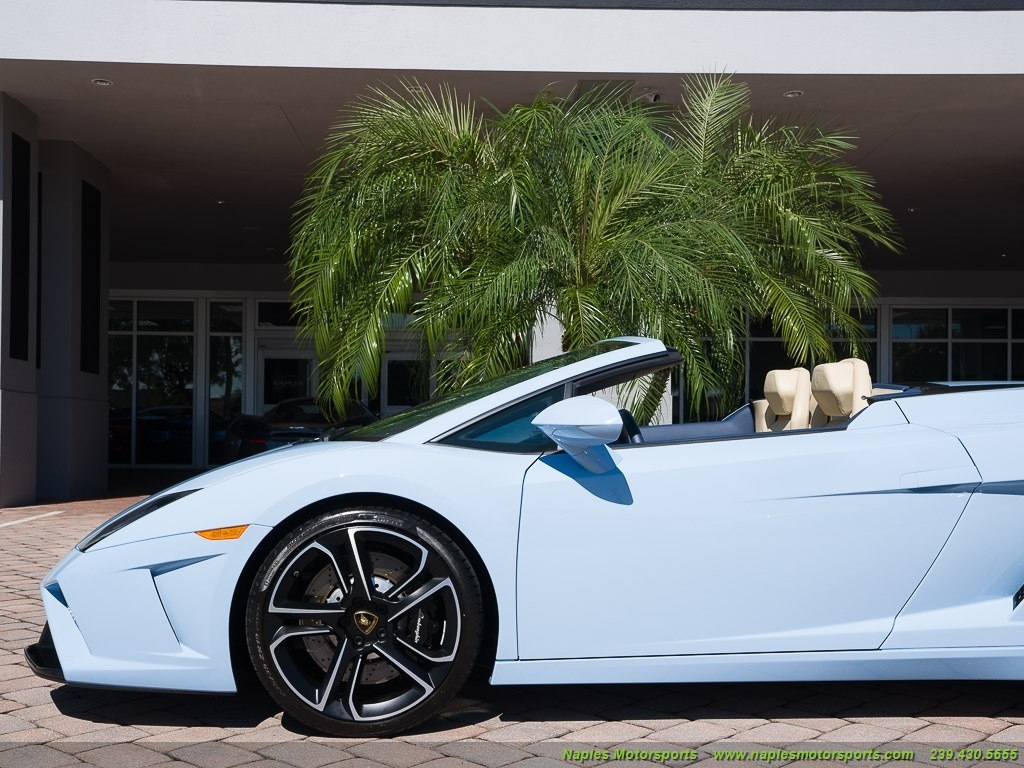 2014 Lamborghini Gallardo LP 560-4 Spyder - Photo 8 - Naples, FL 34104