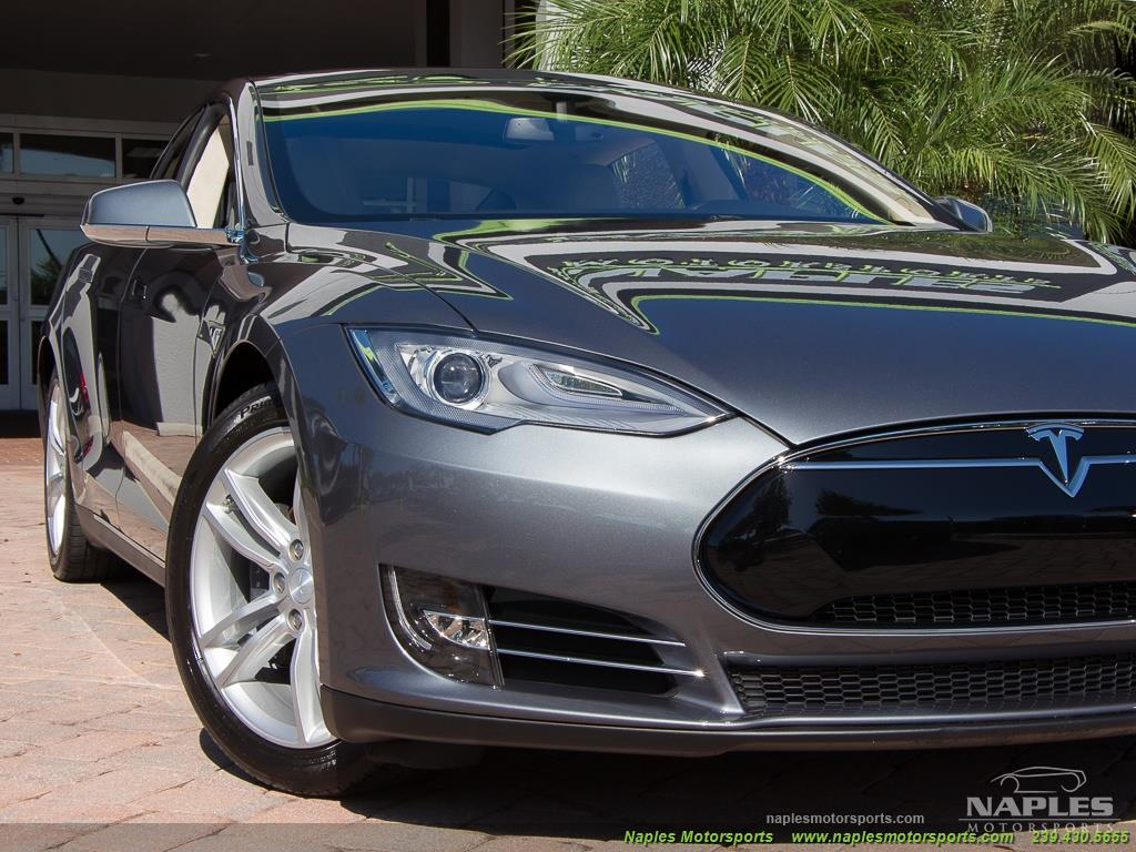 2013 Tesla Model S Performance - Photo 13 - Naples, FL 34104