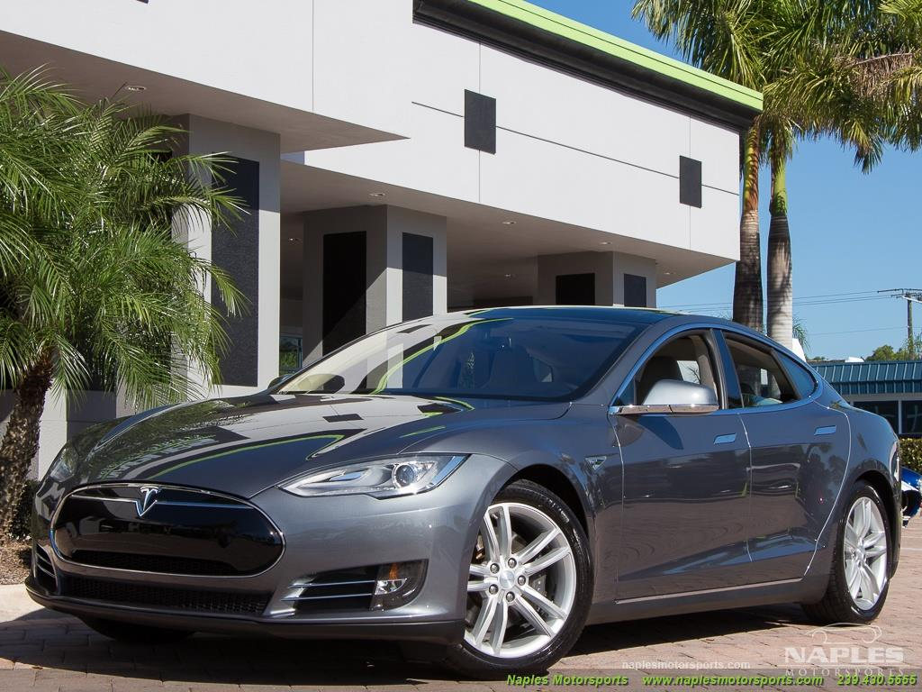 2013 Tesla Model S Performance - Photo 34 - Naples, FL 34104