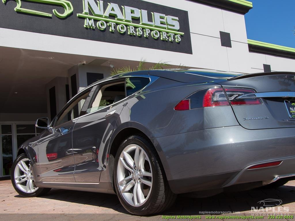 2013 Tesla Model S Performance - Photo 24 - Naples, FL 34104