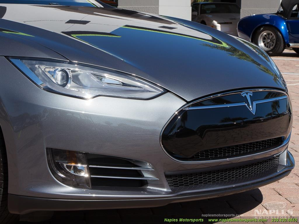 2013 Tesla Model S Performance - Photo 11 - Naples, FL 34104
