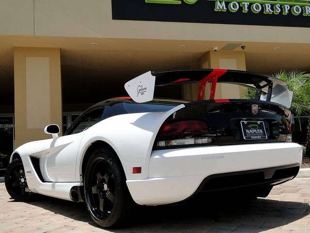2009 Dodge Viper ACR - Photo 30 - Naples, FL 34104