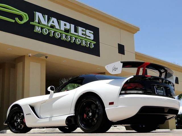 2009 Dodge Viper ACR - Photo 21 - Naples, FL 34104