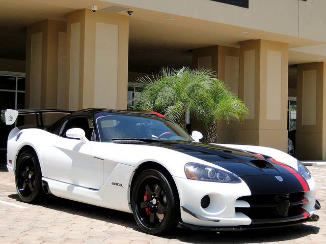 2009 Dodge Viper ACR - Photo 9 - Naples, FL 34104