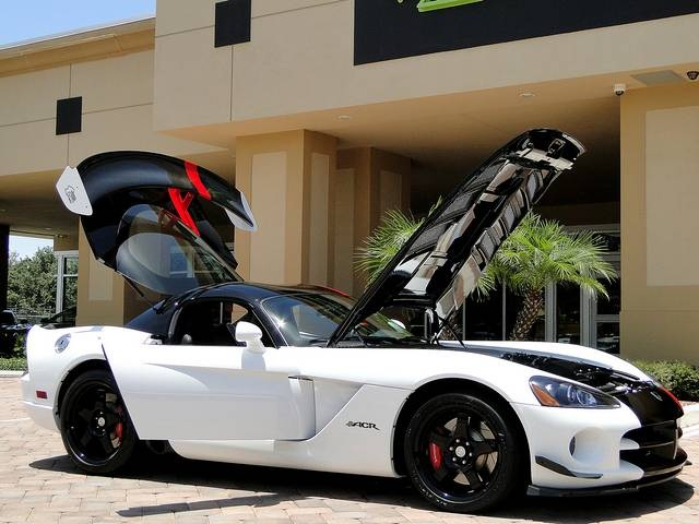 2009 Dodge Viper ACR - Photo 6 - Naples, FL 34104