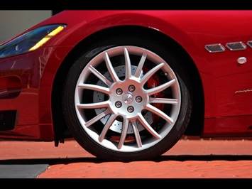 2012 Maserati Gran Turismo S - Photo 42 - North Miami, FL 33181