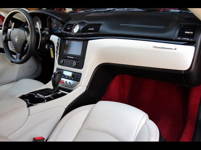 2012 Maserati Gran Turismo S - Photo 25 - North Miami, FL 33181
