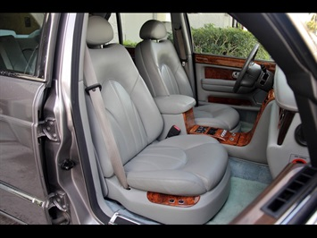 2000 Rolls-Royce Silver Seraph - Photo 21 - North Miami, FL 33181