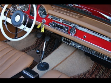1966 Mercedes-Benz 230SL 230SL Pagoda - Photo 29 - North Miami, FL 33181